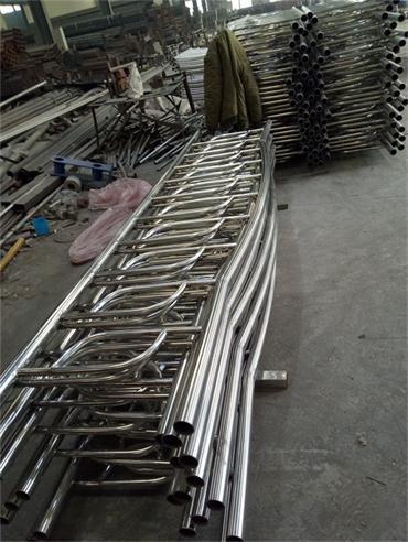 湖南不锈钢碳素钢复合管护栏产品展示