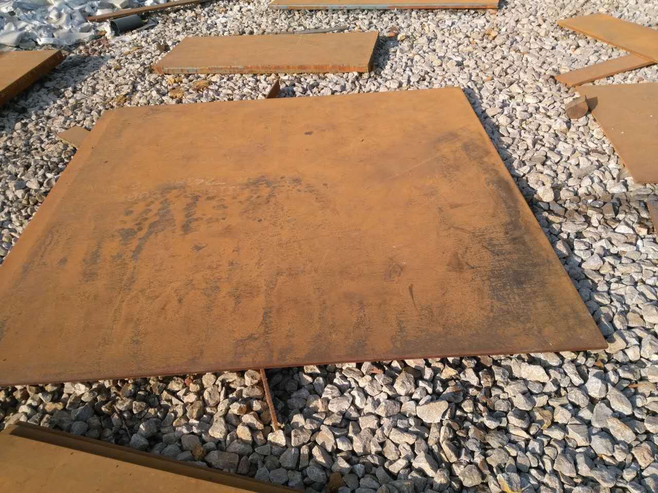 惠州新钢NM400耐磨钢板厂家图纸切割
