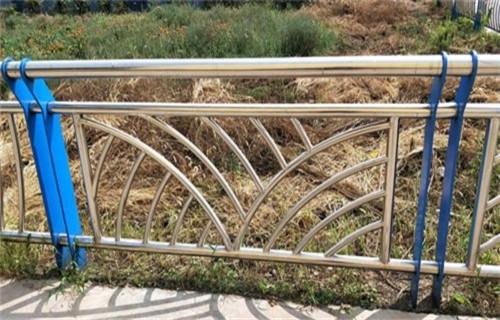 珠海桥梁201不锈钢立柱品质保障