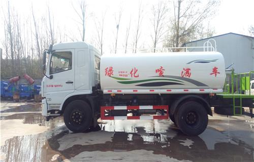 淇县东风10吨洒水车型号款式齐全