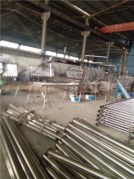 荣昌不锈钢碳素钢复合管护栏价格合理