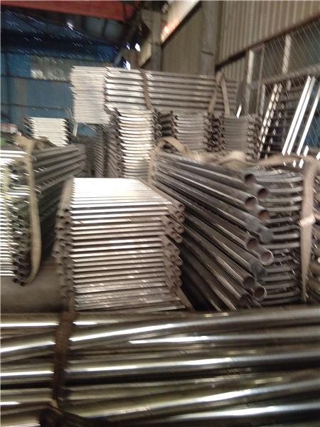 庆阳不锈钢碳素钢复合管栏杆造型美观