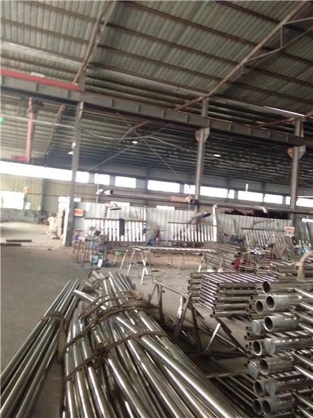 贡嘎城市过街天桥护栏生产销售