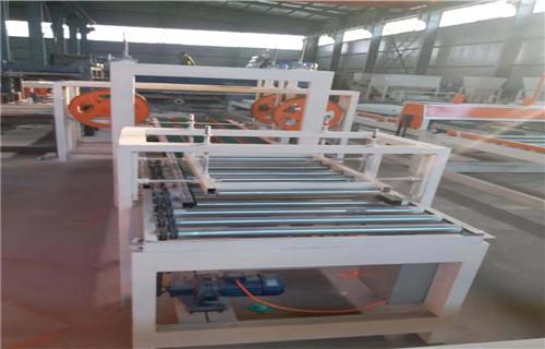 广州模箱压制匀质板生产设备多少钱