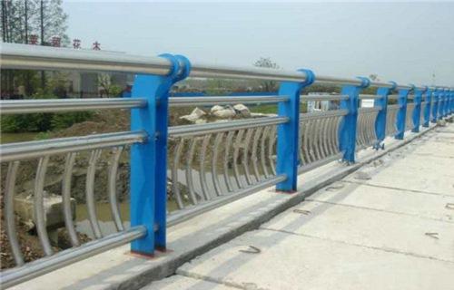 三亚不锈钢景观护栏杆抗老化