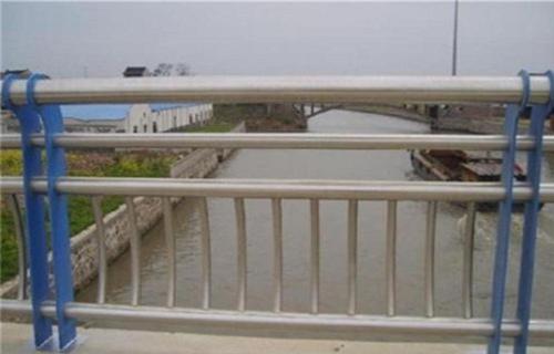 铁岭不锈钢复合管桥梁护栏现货