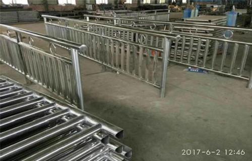 晋中不锈钢复合管防护护栏厂家