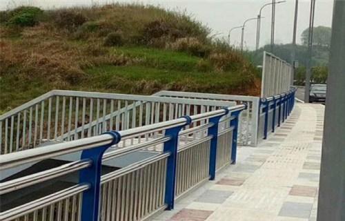 宜宾不锈钢复合管河道护栏厂家直销