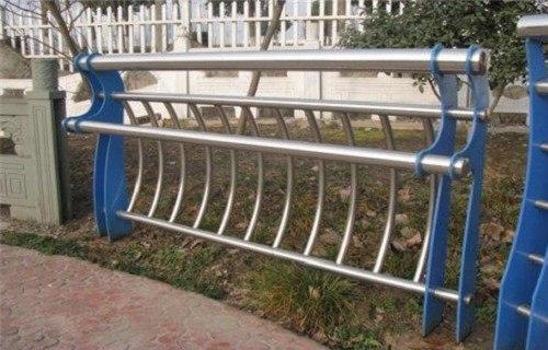 晋中防撞桥梁钢板立柱型号