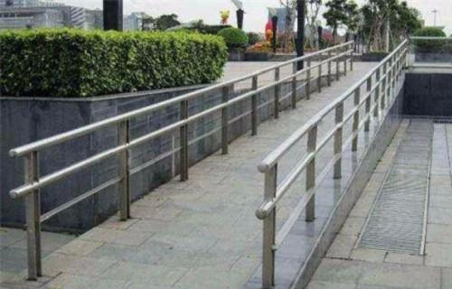 三亚天桥不锈钢护栏杆维修方便