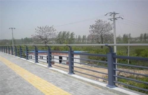 广州不锈钢碳素钢复合管来图定制