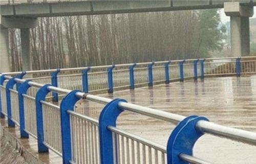 宜宾不锈钢复合管栏杆安装技术指导
