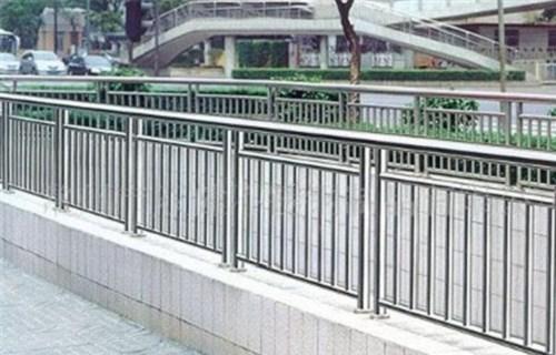河南不锈钢桥梁立柱一米价格