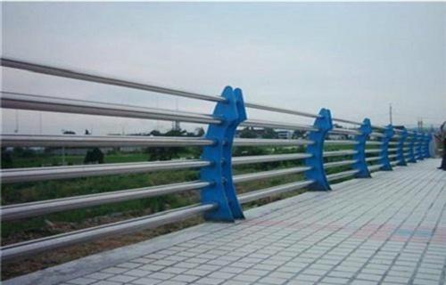 三亚不锈钢复合管市政护栏工艺流程