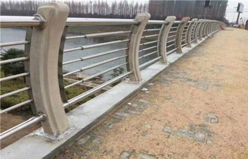 湖南304不锈钢复合管护栏规格