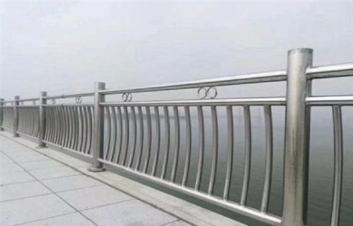 三亚不锈钢复合管桥梁栏杆型号