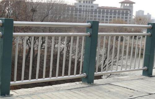 广州201不锈钢复合管护栏厂家
