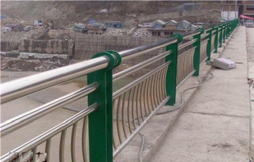 广州碳钢管桥梁栏杆按图生产