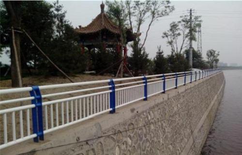 三亚桥梁灯光防撞护栏质优价廉