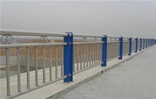 三亚304不锈钢复合管护栏每米价格