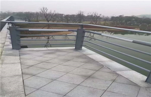 丹东不锈钢景观护栏值得信赖