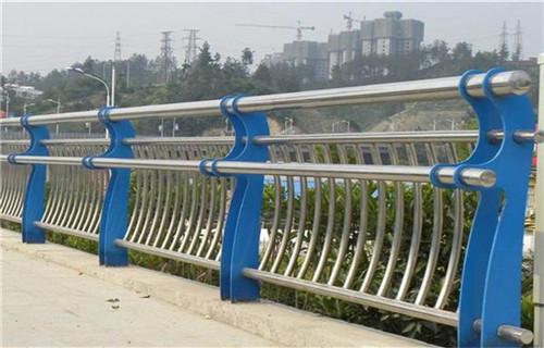 兴安不锈钢过街天桥护栏咨询热线