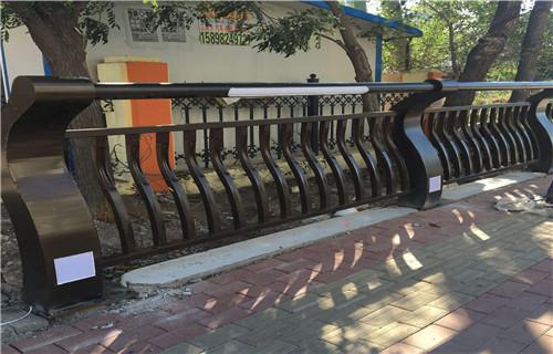 辽宁不锈钢复合管护栏按图纸报价
