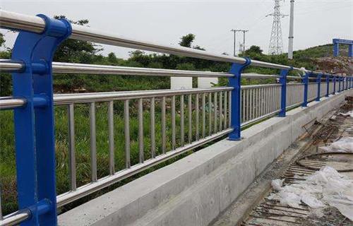 通辽不锈钢景观护栏抗腐蚀