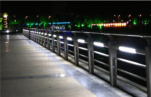 呼伦贝尔不锈钢钢丝绳桥梁护栏值得信赖