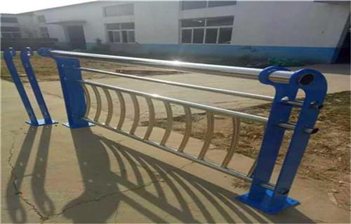 许昌不锈钢复合管护栏品质保障