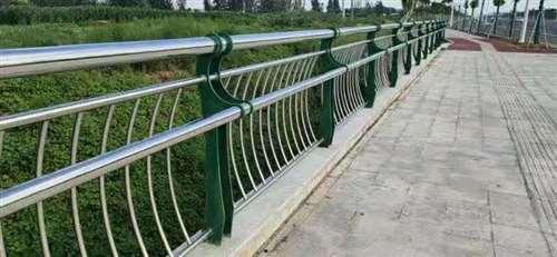 宜宾桥梁复合管护栏质量可靠