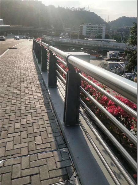 铁岭双金属复合管护栏一站式服务