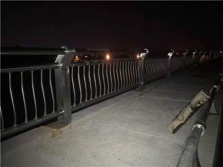 丽水不锈钢复合管人行栏杆一米起订