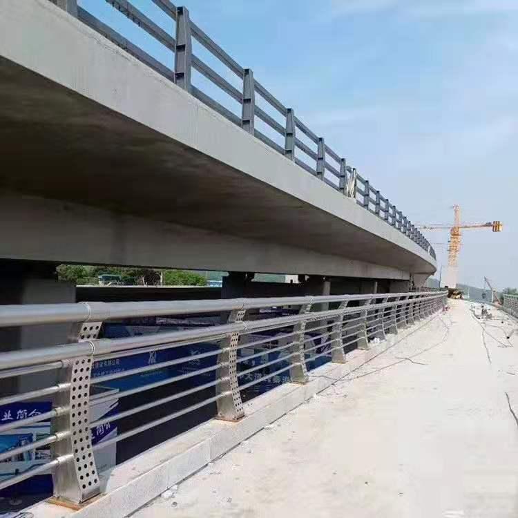 常德高架桥防撞护栏质量可靠