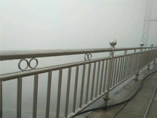 广州不锈钢桥梁栏杆生产厂家