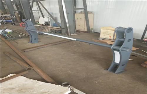 三亚不锈钢复合管道路护栏展翼金属展翼