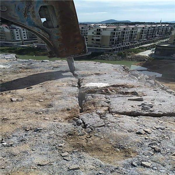 开山修路岩石静态破石头机宜宾